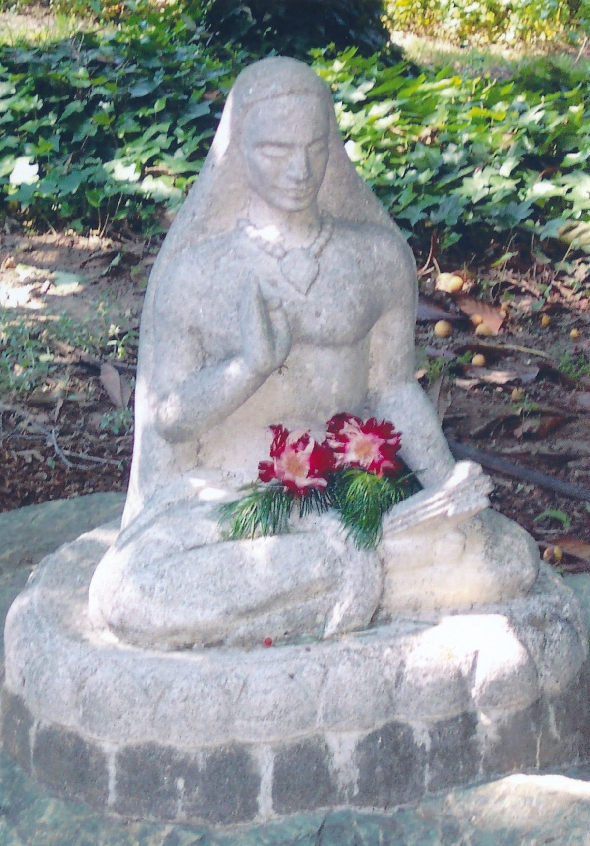 10 - Vedanta Society of Sacramento - Garden of Saints - Statue of Lord Shankara 2