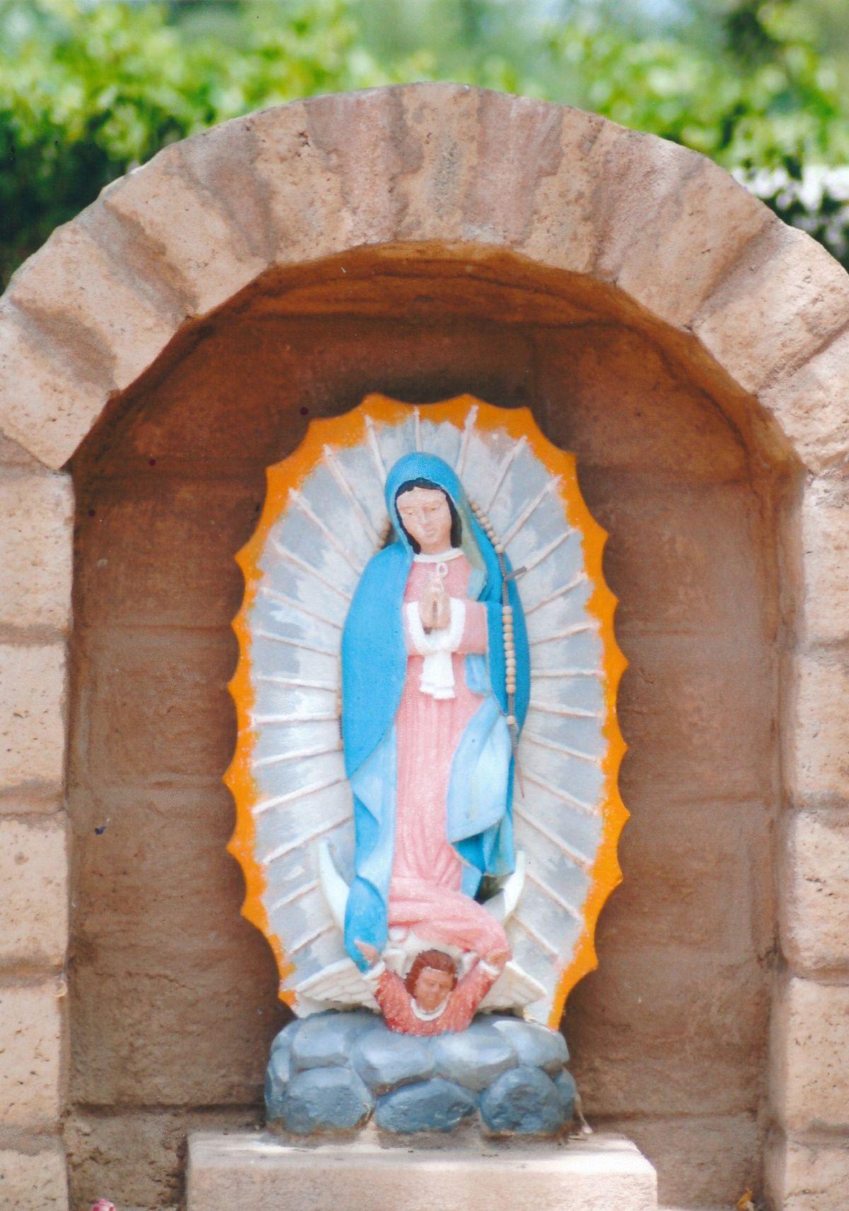 12 - Vedanta Society of Sacramento - Garden of Saints - Virgin Mary 1