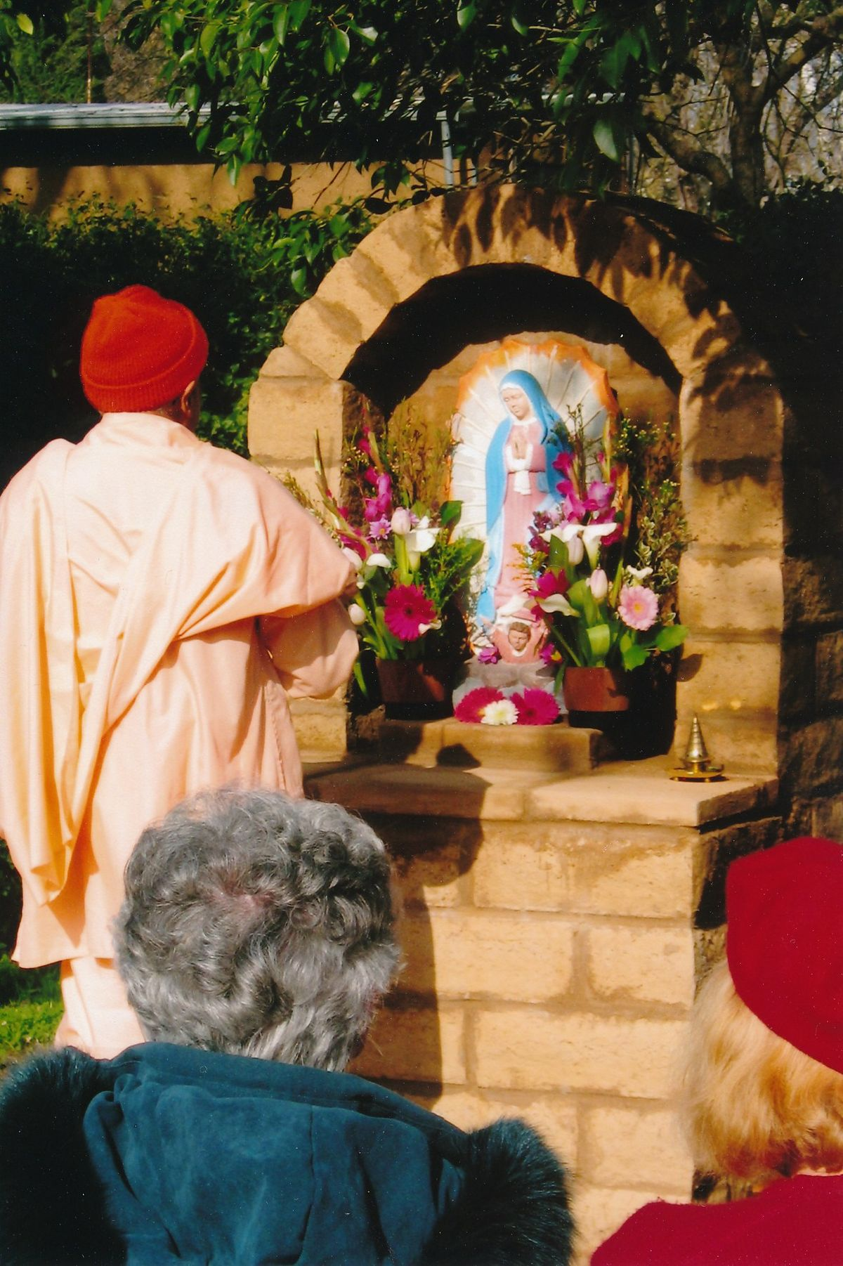 12 - Vedanta Society of Sacramento - Garden of Saints - Virgin Mary 2