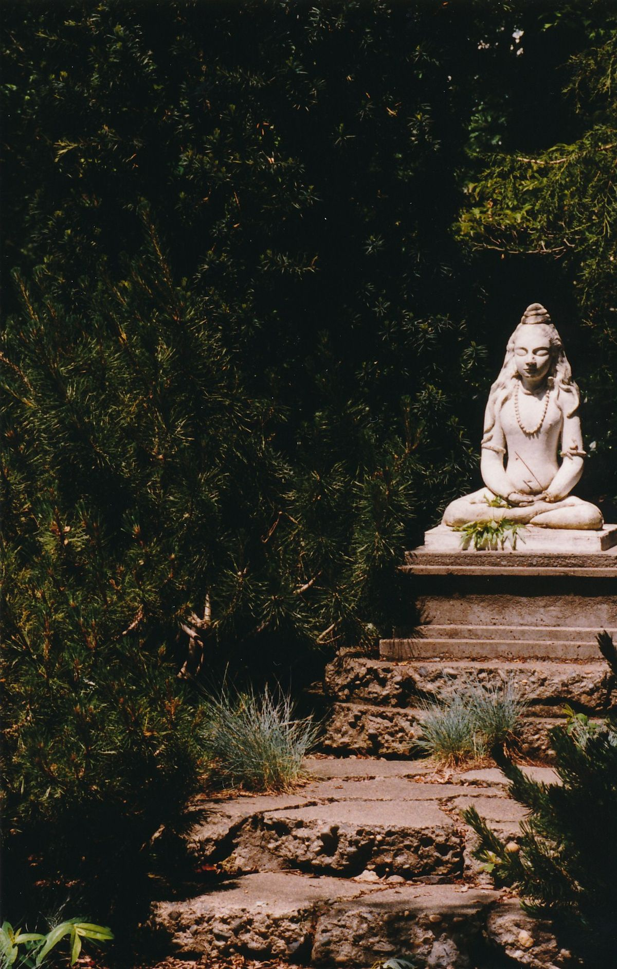9 - Vedanta Society of Sacramento - Garden of Saints - Statue of Lord Shiva 4