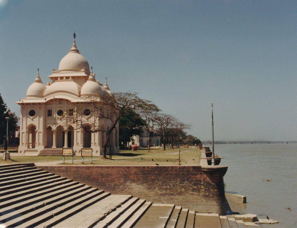 18 Swami Brahmananda Temple at Belur Math - Photo 1