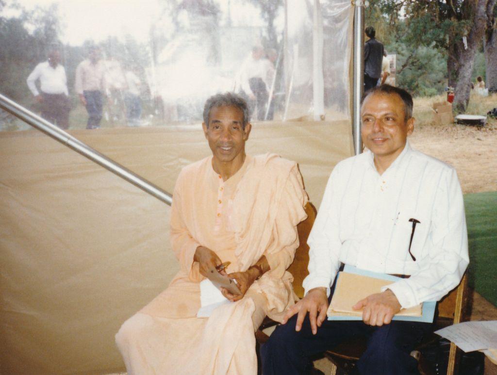 1989-05-06 Shanti Ashrama - Swami Aparananda and Swami Prapannananda