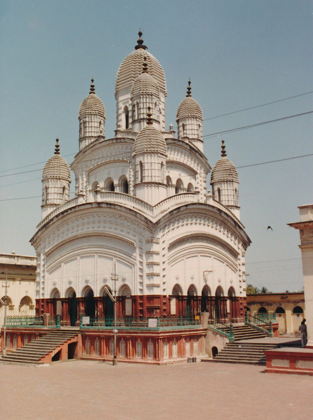 2 Dakshineswar Kali Temple - Photo 2
