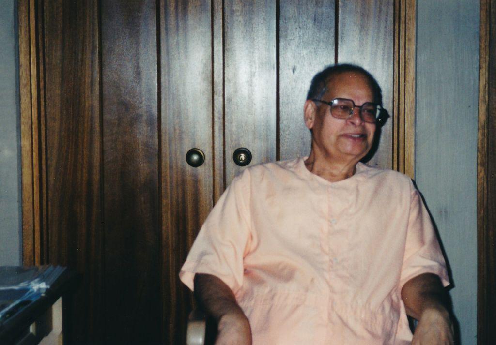 2001-09-01 Sw. Swahananda-1