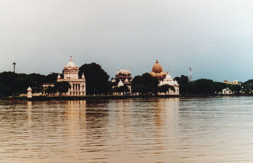 5 Belur Math from the Ganges - Photo 2
