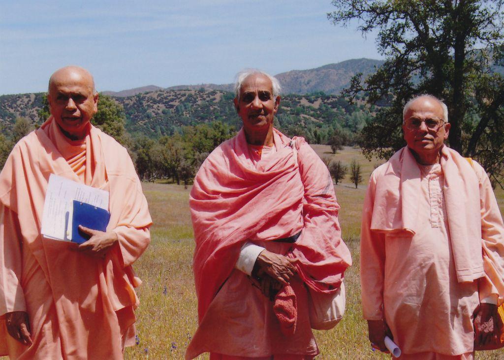 Sw. Prabuddhananda, Sw. Aparananda, Sw. Prapannananda