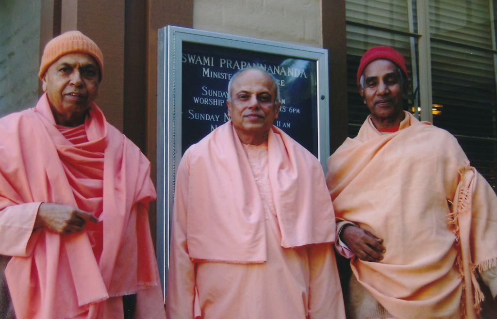 Sw. Prabuddhananda, Sw. Prapannananda, Sw. Aparananda