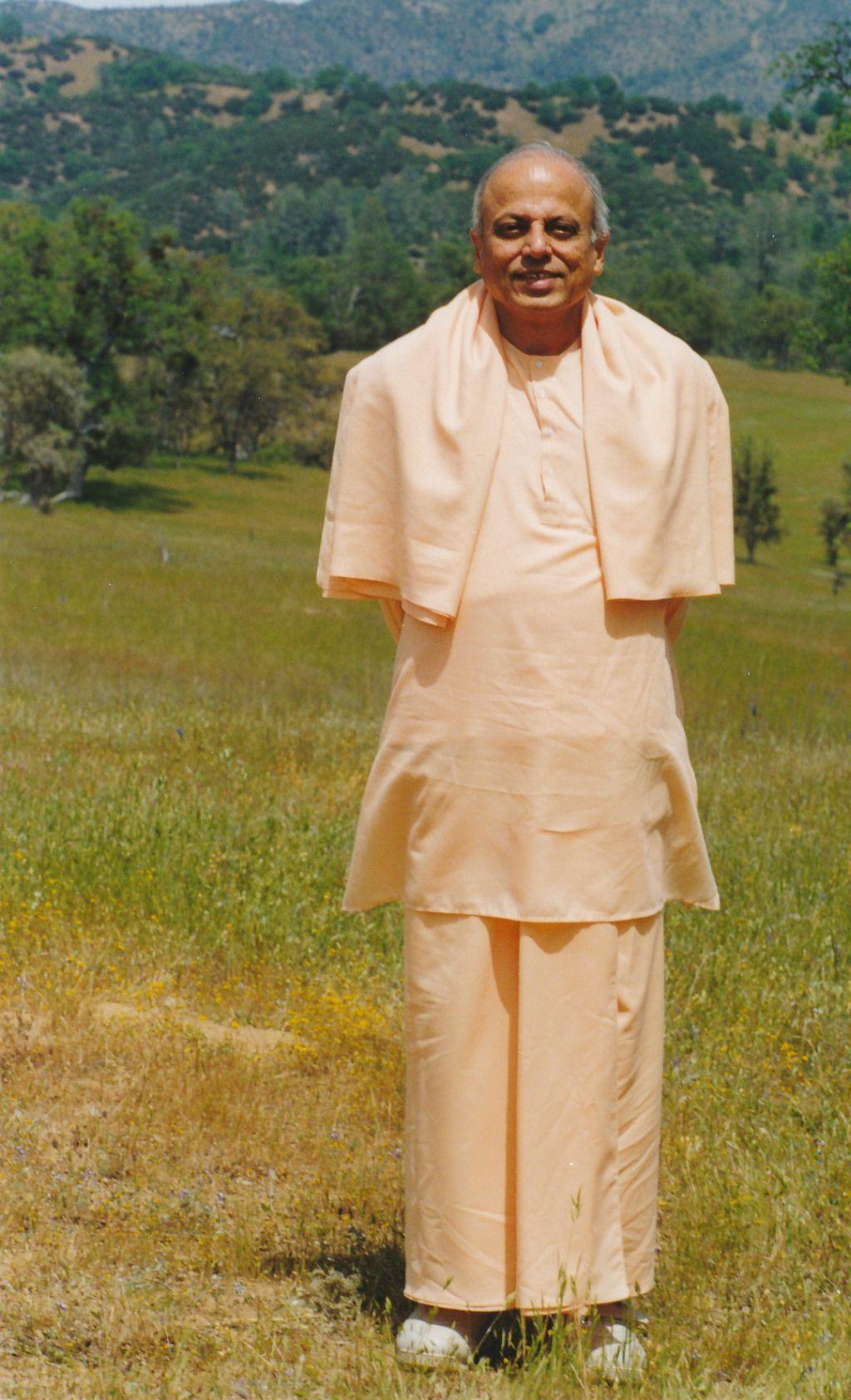 Sw. Prapannananda in Shanti Ashrama - Photo 1