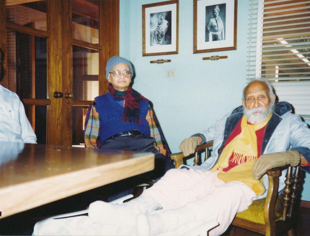 Sw. Shraddhananda, Sw. Nihshreyasananda