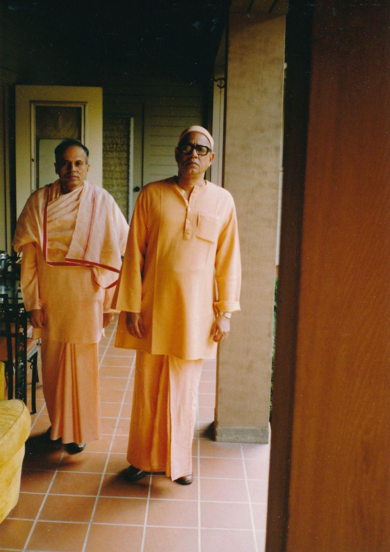 Sw. Siddharthananda