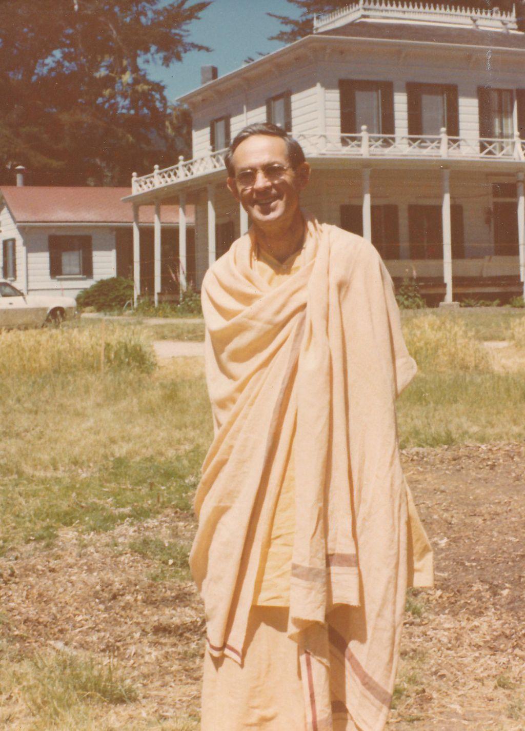 Swami Bhaktimayananda in Olema