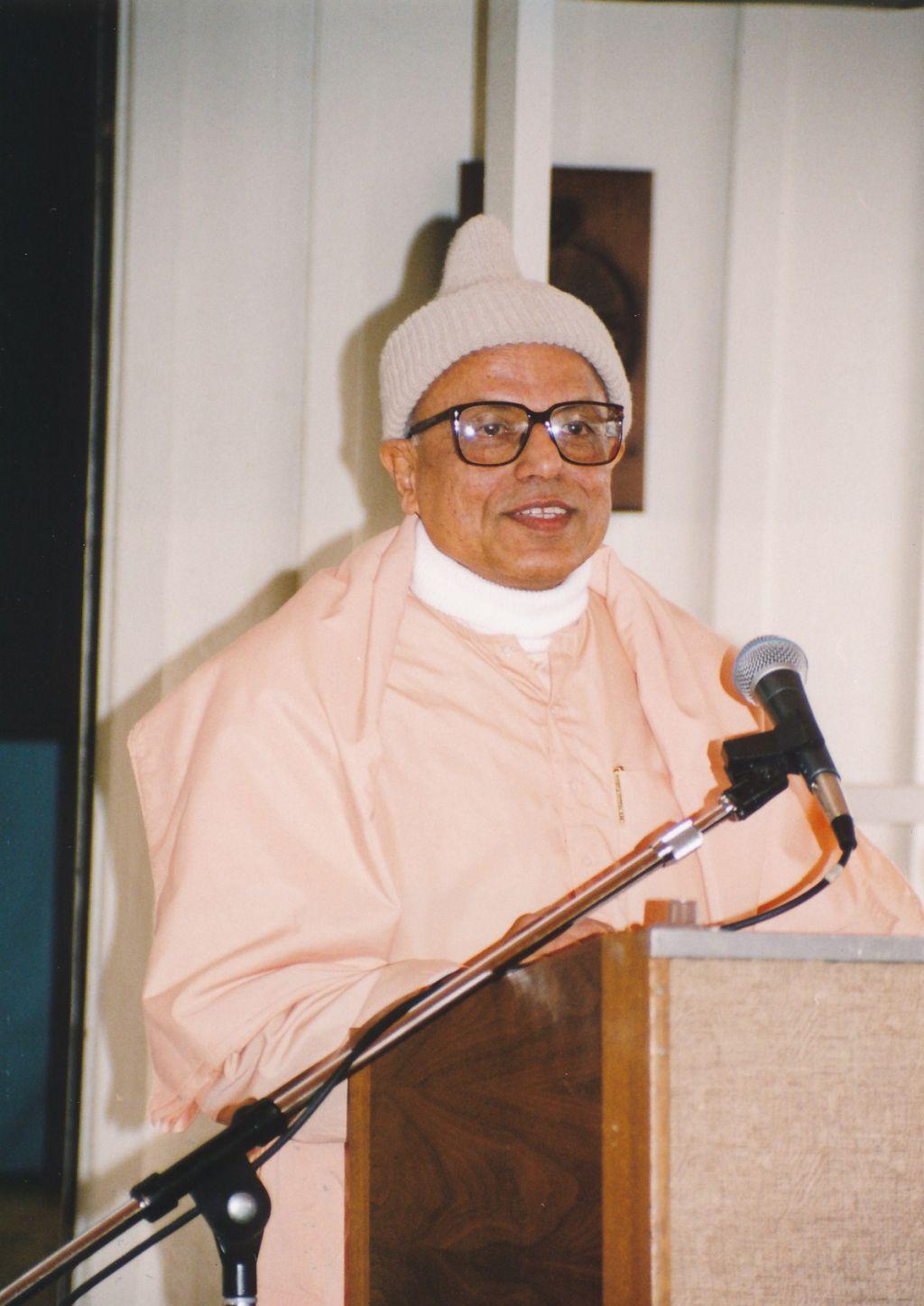 Swami Prapannananda at Shanti Ashram - Photo 2