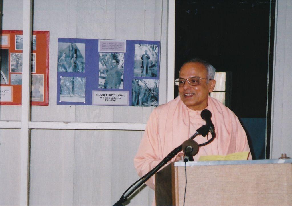 Swami Prapannananda at Shanti Ashram - Photo 3
