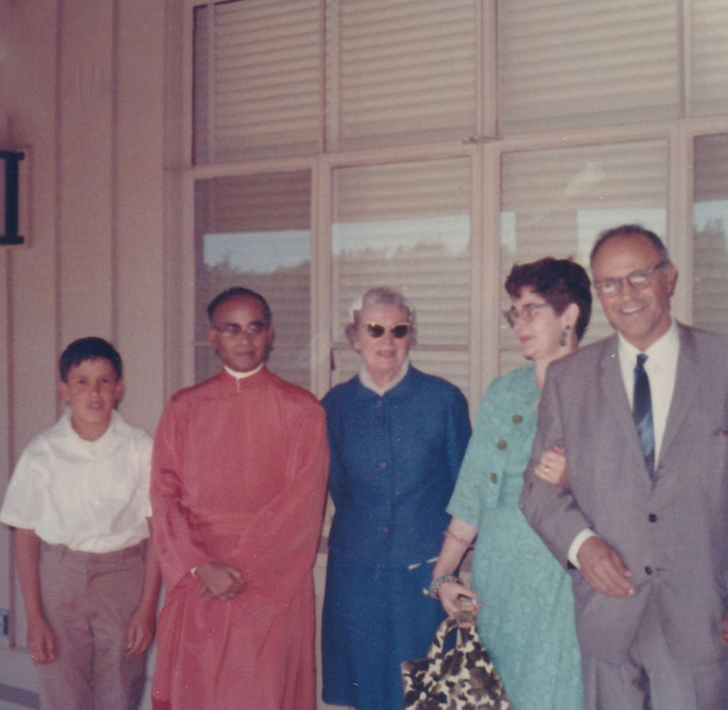 Swami Shraddhananda with Devotees