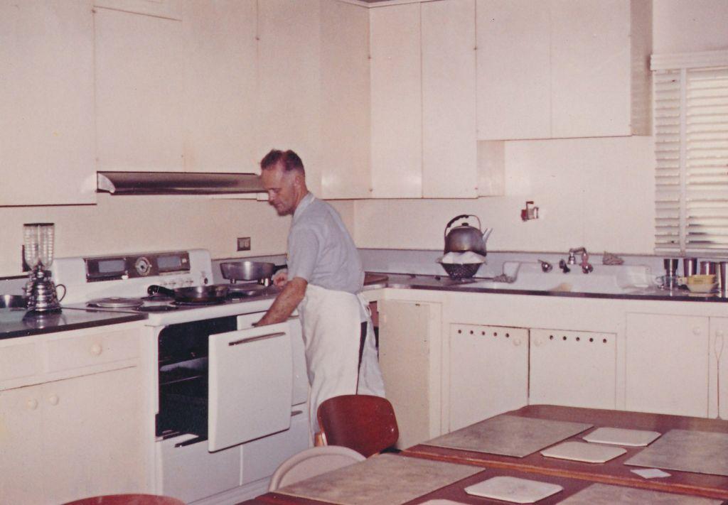 Swami Yogeshananda in the Kitchen