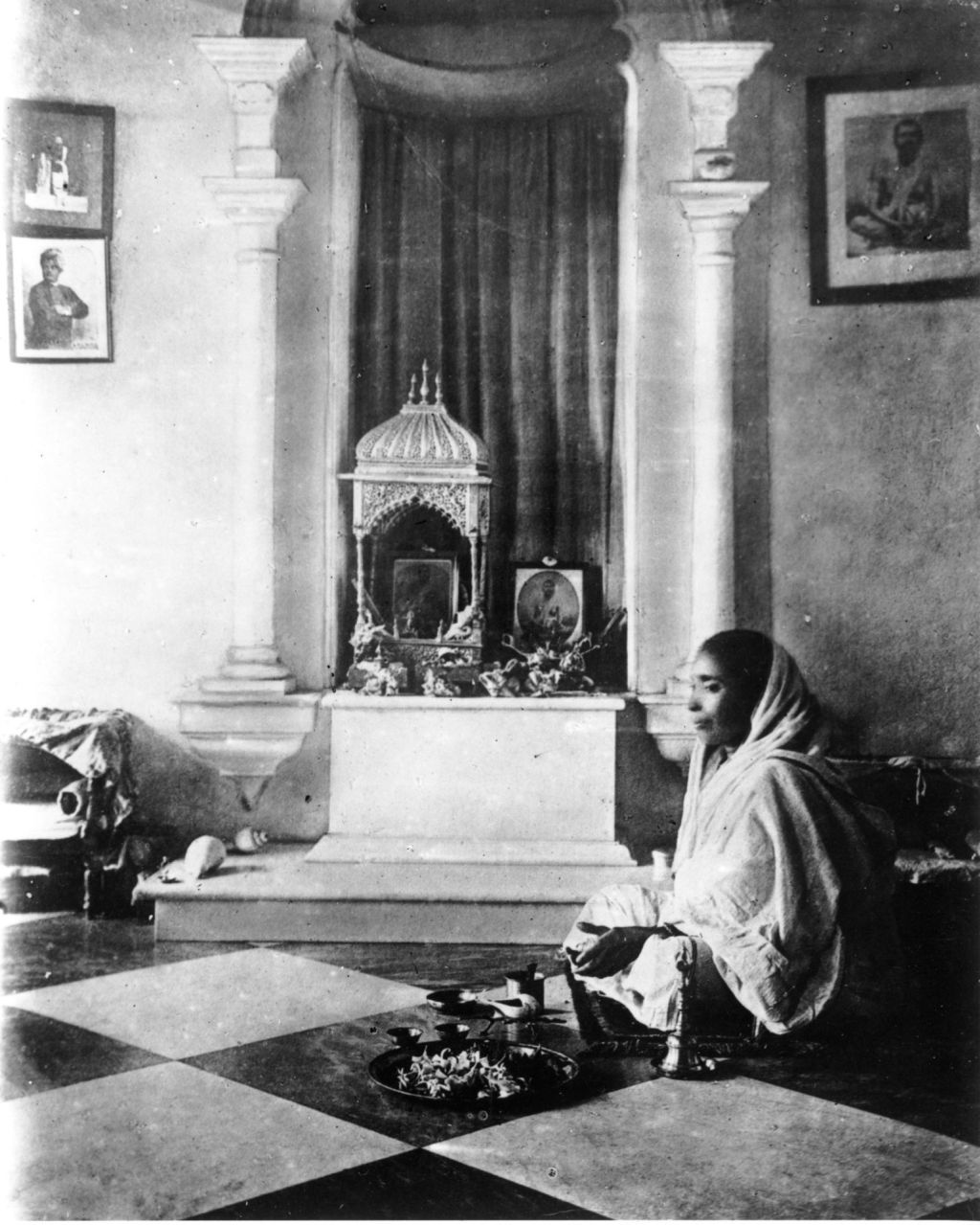 Vedanta Sacramento - Holy Mother Sarada Devi Photo -06